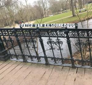 brug-in-amsterdam-genoemd-naar-pater-jan-van-kilsdonk-530x486